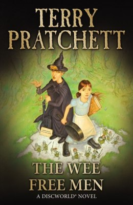 The Wee Free Men : (Discworld Novel 30) by Terry Pratchett